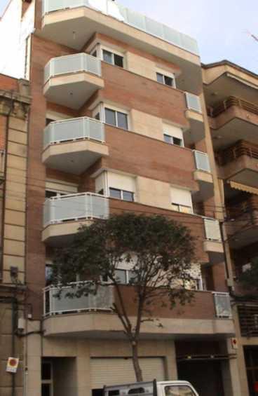 2003- Edificio Thesis
